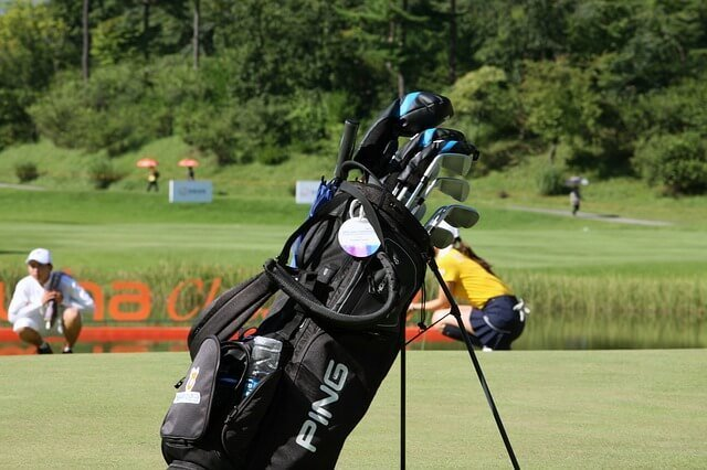 set up golf bag